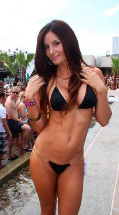 bikini_17
