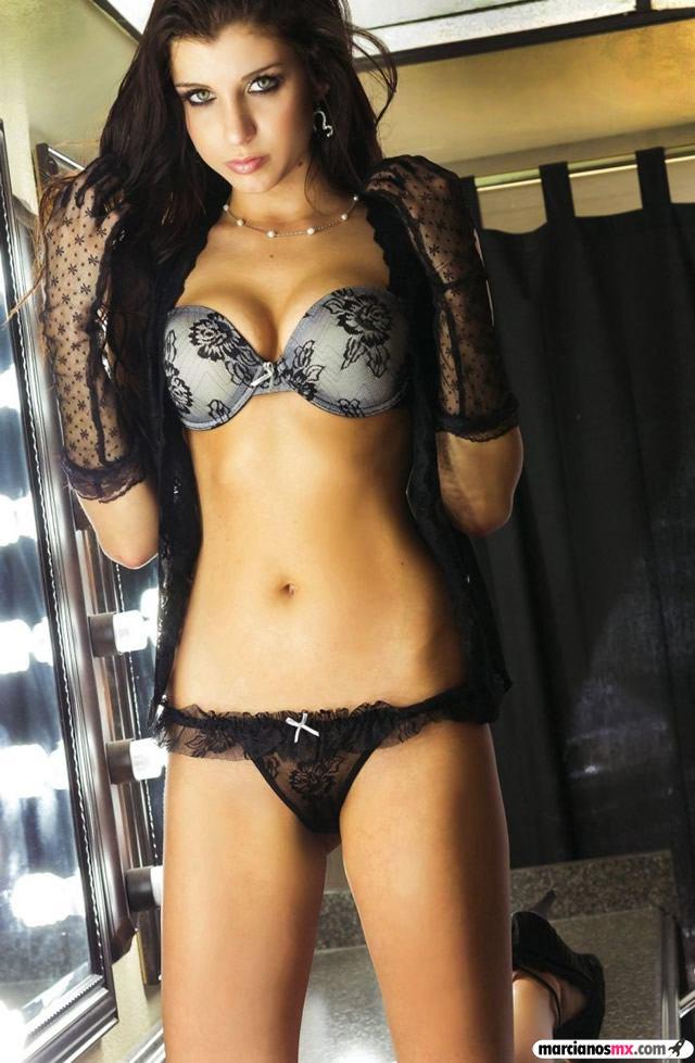 Chica de Viernes 18 (115)