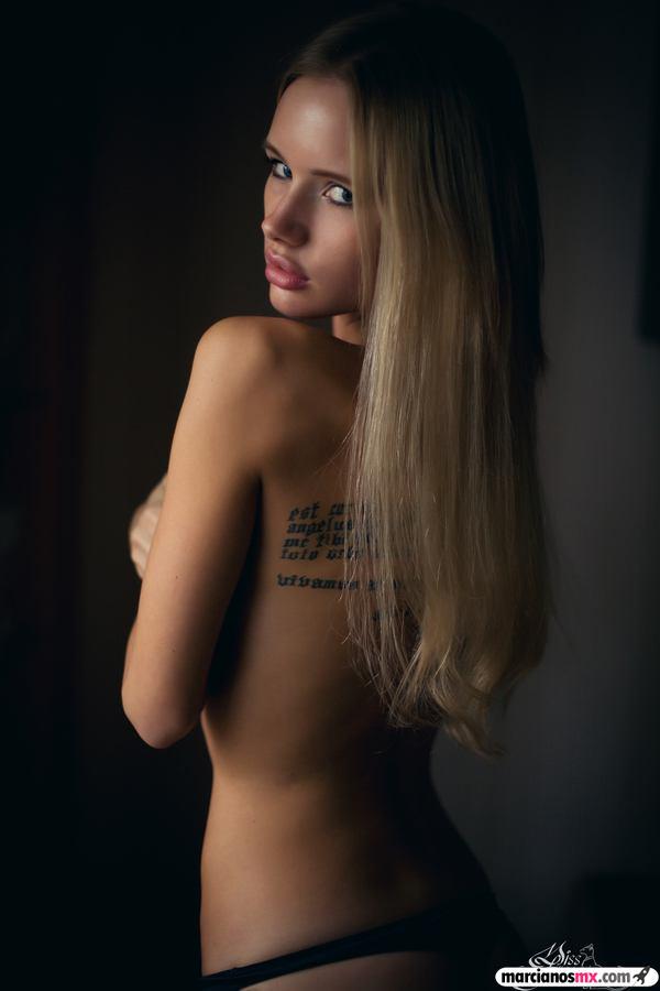 Chica de Viernes 18 (49)