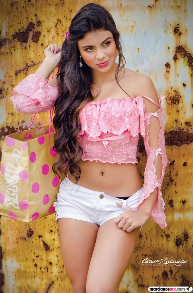 Laura Lized Sanchez (9)