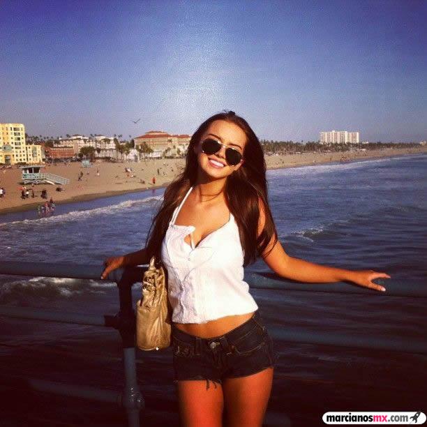 Chica Viernes 20 - Marcianosmx.com
