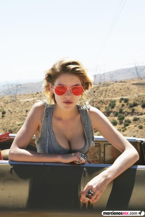 Chica de Viernes 22 (94)