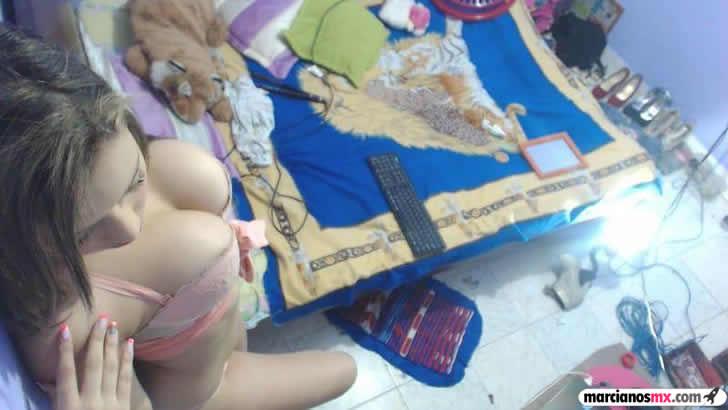 Valeria tetona webcam (17)