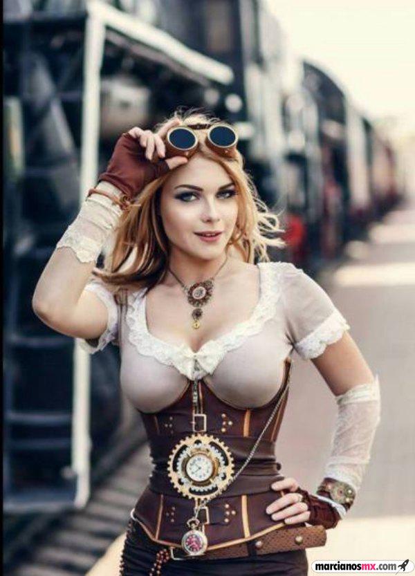 Chica Viernes 43 (50)