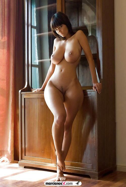 фото голых девушек в теле