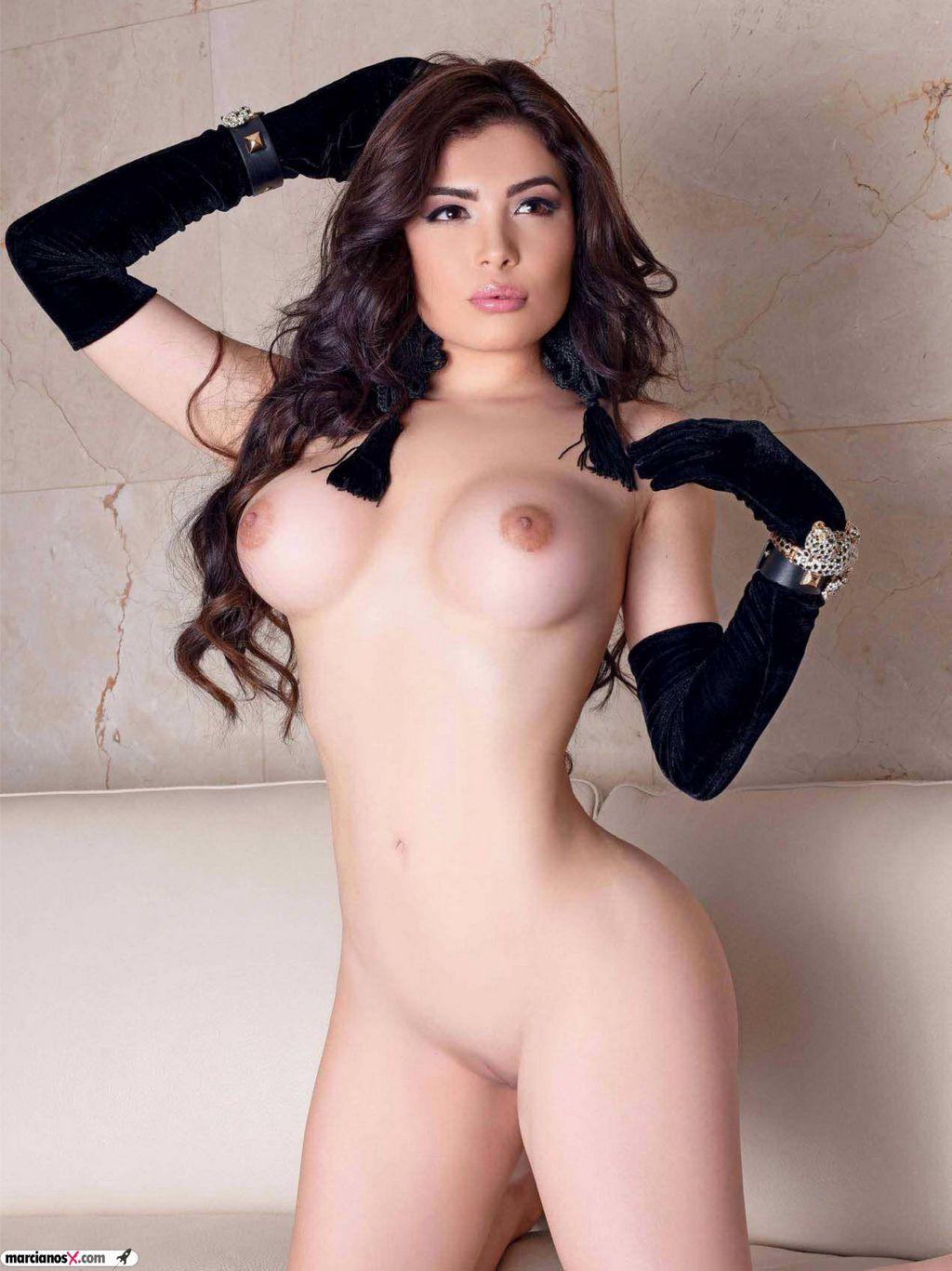 Tracy Saenz Playboy (21)