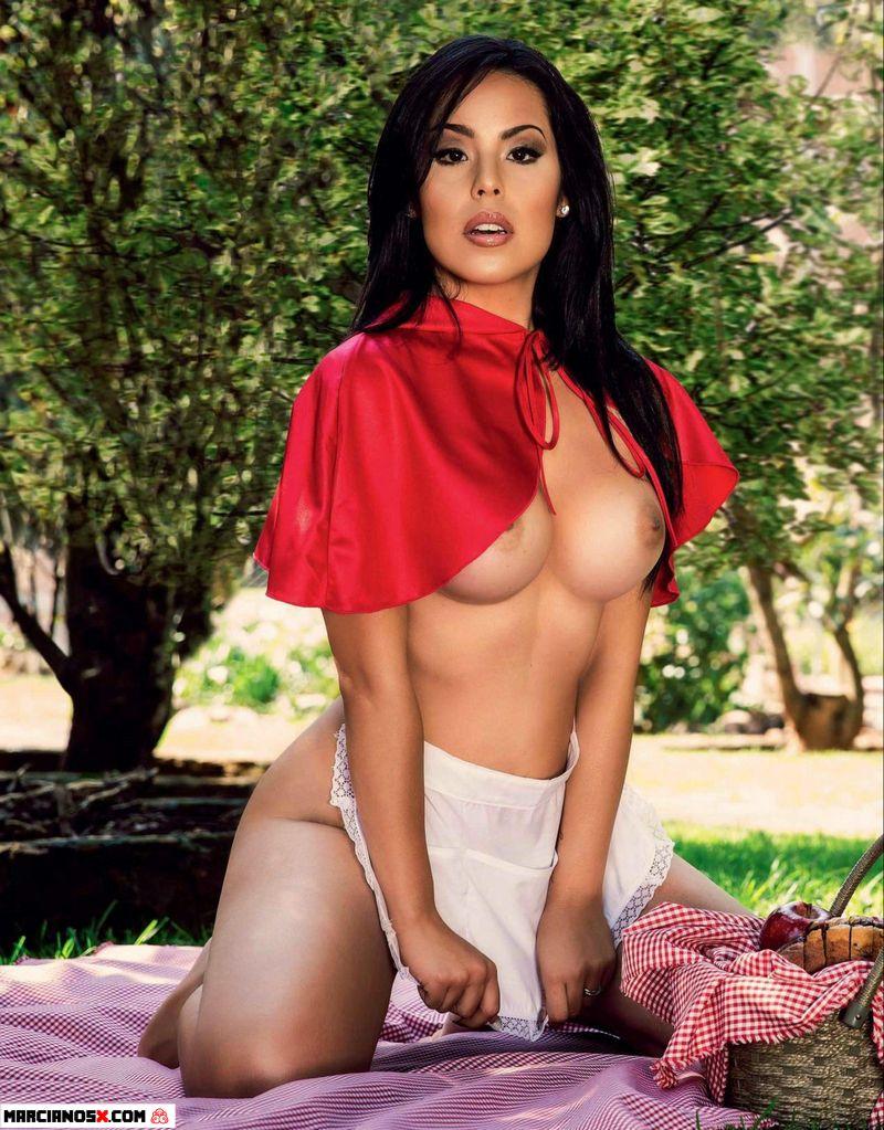 Veronica_Flores_Playboy_MarcianosX_03